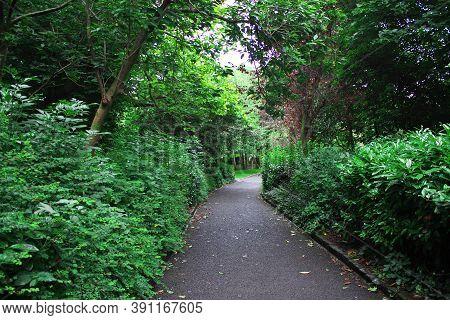 Merrion Square Park In Dublin City, Ireland