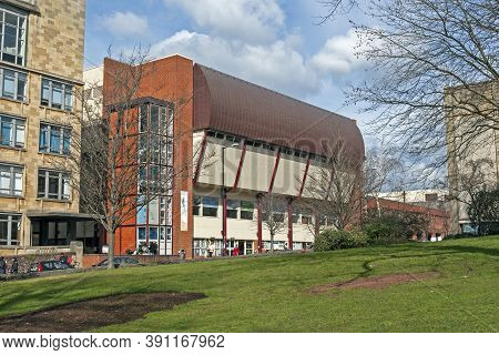 Bristol, Uk - March 18, 2008: The University Of Bristol's Indoor Sports Centre
