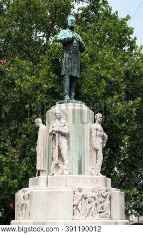 Vienna, Austria - July 30, 2019: Monument To Austrian Politician, Mayor Of Vienna, Founder Of Austri
