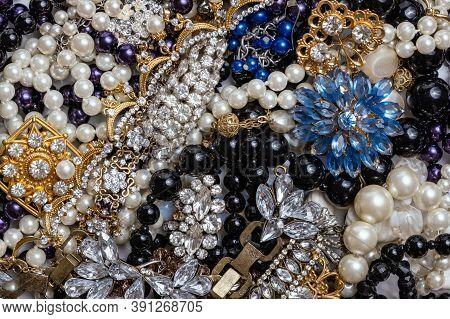 Beautiful Fashion Jewelry With Precious Stones, Pearls And Diamonds  For Women. Many Precious Shiny