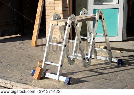 Folding Ladder For Construction Work.folding Ladder For Construction Work