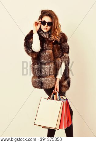 Lady Hold Shopping Bags. Discount And Sale. Buy With Discount On Black Friday. Shopping Or Birthday
