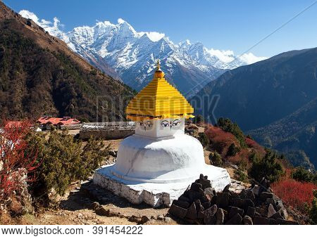 Stupa In Thame Village And Mount Thamserku And Kangtega Near Namche Bazar, Everest Area, Sagarmatha