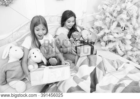 Receving Holiday Surprise Boxes. Happy Family Celebrate Christmas And New Year. Holiday Greetings. E