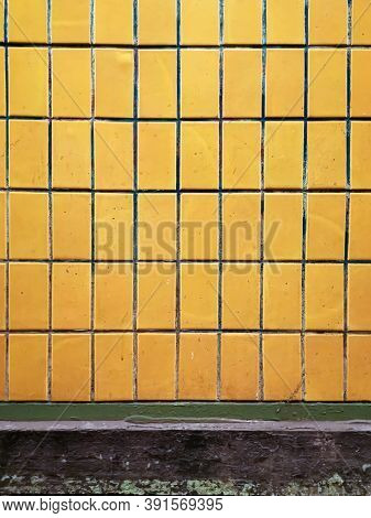 tile wall texture pattern for background