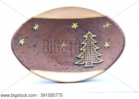 Christmas Tree Toys, Holiday Plates, Stand Decorated With Golden Christmas Tree And Stars, Brown, Wh