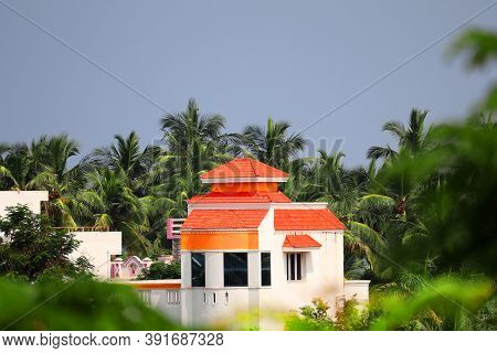House Exterior Design .beautiful And Attractive Latest Design Near The Seaside Of The House And Lush