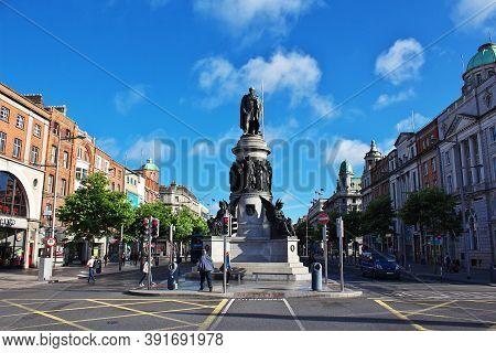 Dublin, Ireland - 03 Aug 2013: The O Connell Monument In Dublin, Ireland