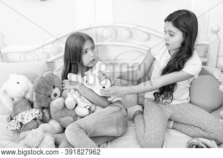 Give It To Me. Kids Play Toys Bed. Little Girls Spend Time Together. Teach Sister Sharing Toys. Gree