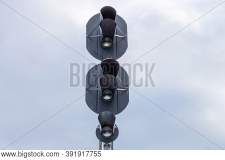 Traffic Light To Regulate Railway Traffic.