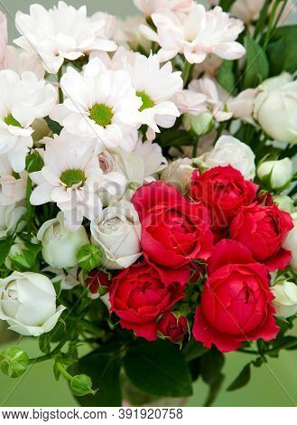 Congratulatory Bouquet Of White And Red Roses With Chrysanthemums