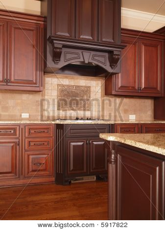 Luxury Home Kitchen Two Tone Cabinets