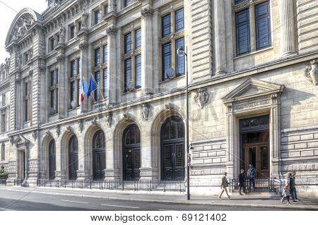 Building Of University Sorbonne