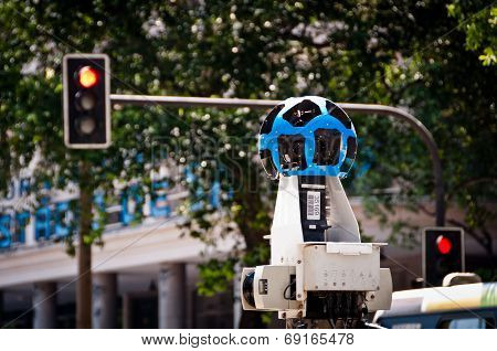 Google Street View Camera and Traffic Lights