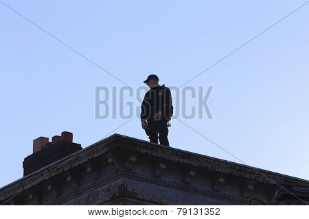 Additional rooftop security