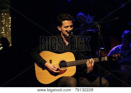 LOS ANGELES - DEC11: Eli Lieb at Scott Nevins Presents SPARKLE: An All-Star Holiday Concert to benefit The Actors Fund at Rockwell Table & Stage on December 11, 2014 in Los Angeles, California