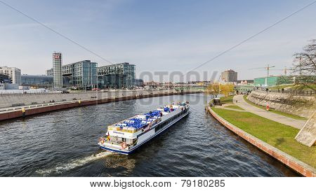 View Of The Berlin Hauptbahnhof Station Building With Boat