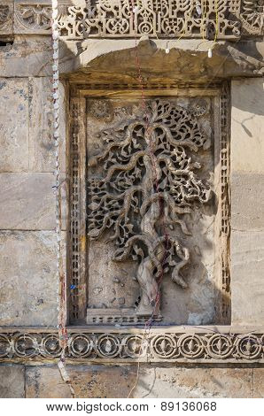 Exquisitely Beautiful Stone Carved Motifs On The Minarets Of The Jama Mosque