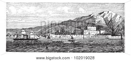 Canakkale in Turkey, during the 1890s, vintage engraving. Old engraved illustration of Canakkale showing Kilitbahir Castle. Trousset Encyclopedia