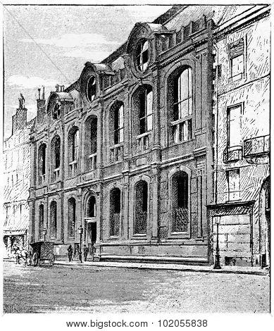 Frontage on the quay Malaquais, vintage engraved illustration. Paris - Auguste VITU  1890.