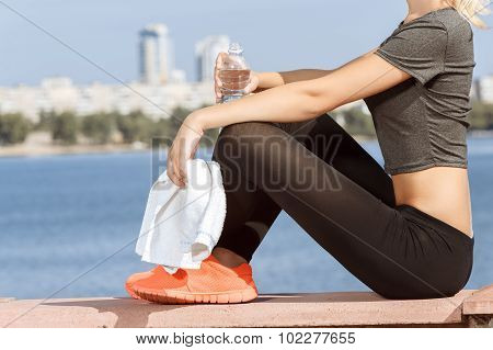 Young girl with slender body on breather