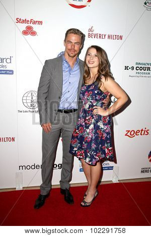LOS ANGELES - SEP 19:  Derek Hough, Bindi Irwin at the 5th Annual American Humane Association Hero Dog Awards at the Beverly Hilton Hotel on September 19, 2015 in Beverly Hills, CA