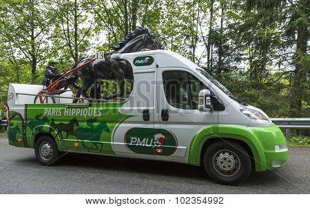 Pmu (le Pari Mutuel Urbain) Vehicle In Vosges Mountains - Tour De France 2014