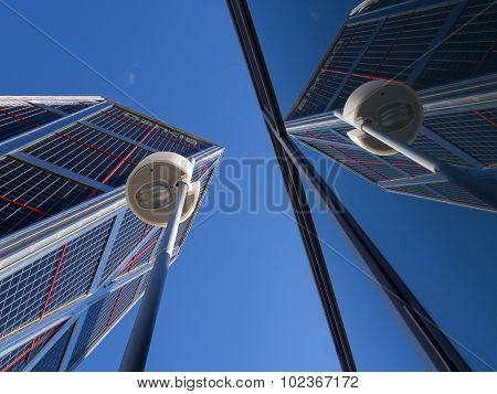 Bankia Headquarters In The Kio Towers