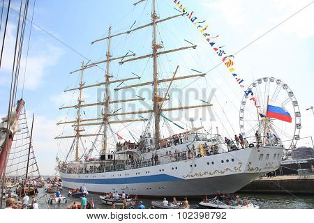 Russian Tallship Sts Mir In Amsterdam Particiating At