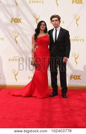 LOS ANGELES - SEP 20:  Ariel Winter, Laurent Claude Gaudette at the Primetime Emmy Awards Arrivals at the Microsoft Theater on September 20, 2015 in Los Angeles, CA