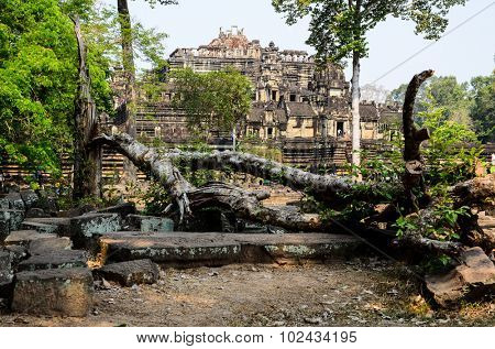 Baphuon, part of Khmer Angkor temple complex, popular among tourists ancient lanmark and place of worship in Southeast Asia. Siem Reap, Cambodia.