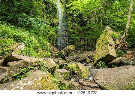 Mallyan Spout Waterfall