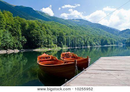 Boats in Biogradske jezero
