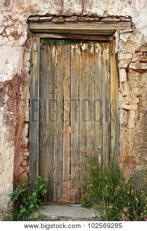 Rustic Old door in Guanajuato Mexico