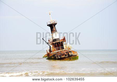 Shipwreck at Barro Do Dande