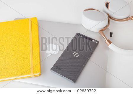 BlackBerry Leap and MacBook Pro Retina