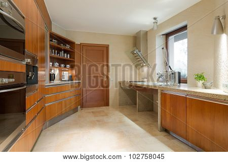 New Designed Wooden Kitchen