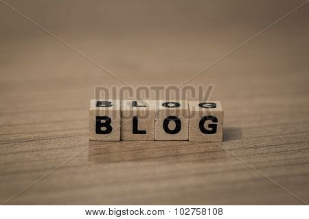 Blog In Wooden Cubes