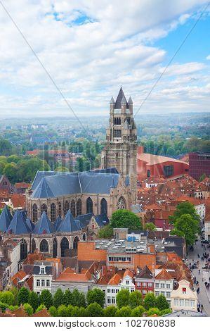 Cathedrale saint Sauveur  in the Bruges cityscape