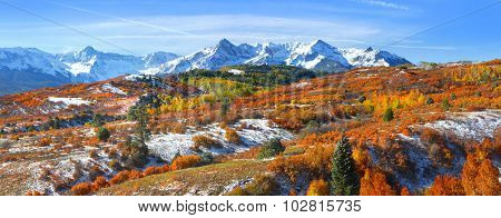 Continental divide in autumn time near Ridge way Colorado