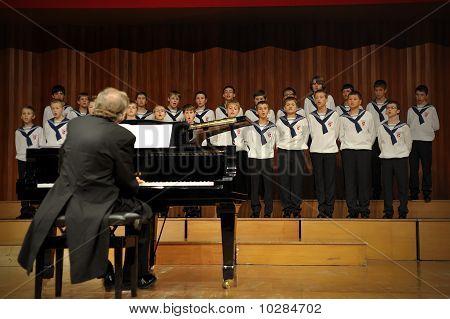 Concert Of Austrian St; Florian Boy's Choir