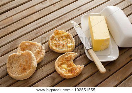 Fresh Toasted Hot English Muffins