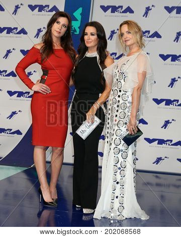 LOS ANGELES - AUG 27:  Jennifer Bartels, Kyle Richards, and Mena Suvari at the MTV Video Music Awards 2017 at The Forum on August 27, 2017 in Inglewood, CA