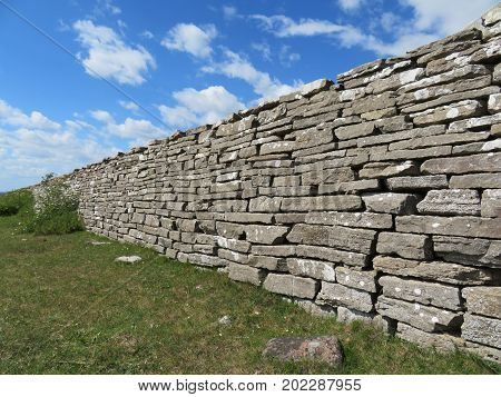 The King's Wall, dry stone architecture.