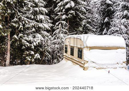 Auto Camping Winter