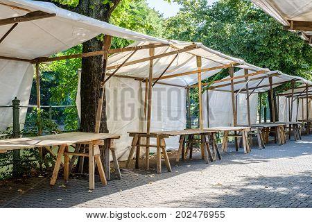 Flea Market / Empty Maket Stall - Outdoor Market Stands