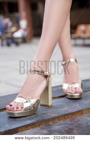 Women's Legs In Summer High-heeled Shoes