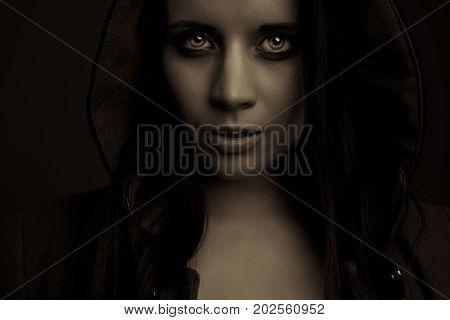 emotion expression dark horror girl face portrait