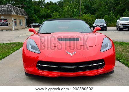 Red American Sportscar Chevrolet Corvette.