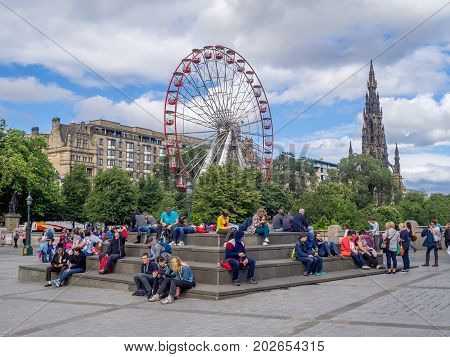 EDINBURGH, SCOTLAND - JULY 26: Outside the Scottish National Gallery and the mound on July 26, 2017 in Edinburgh Scotland. The Scottish National Gallery is an important centre of European Art.